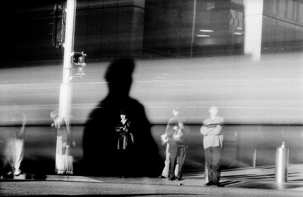 Foto: Trent Parke | Sydney. Martin Place, city centre. 2002